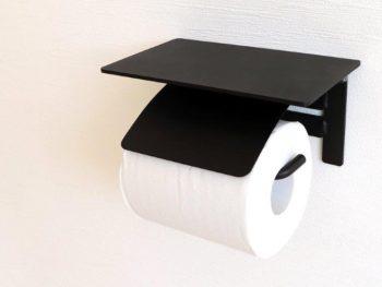 ブラックアイアンの棚付き紙巻器です